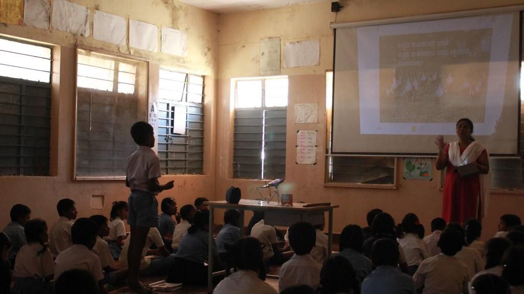 A class in progress using Meghshala's lessons. Photograph courtesy: https://www.facebook.com/meghshala/?fref=ts