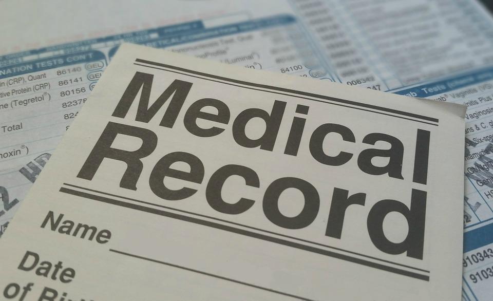 Keep medical records organised; Image: Pixabay