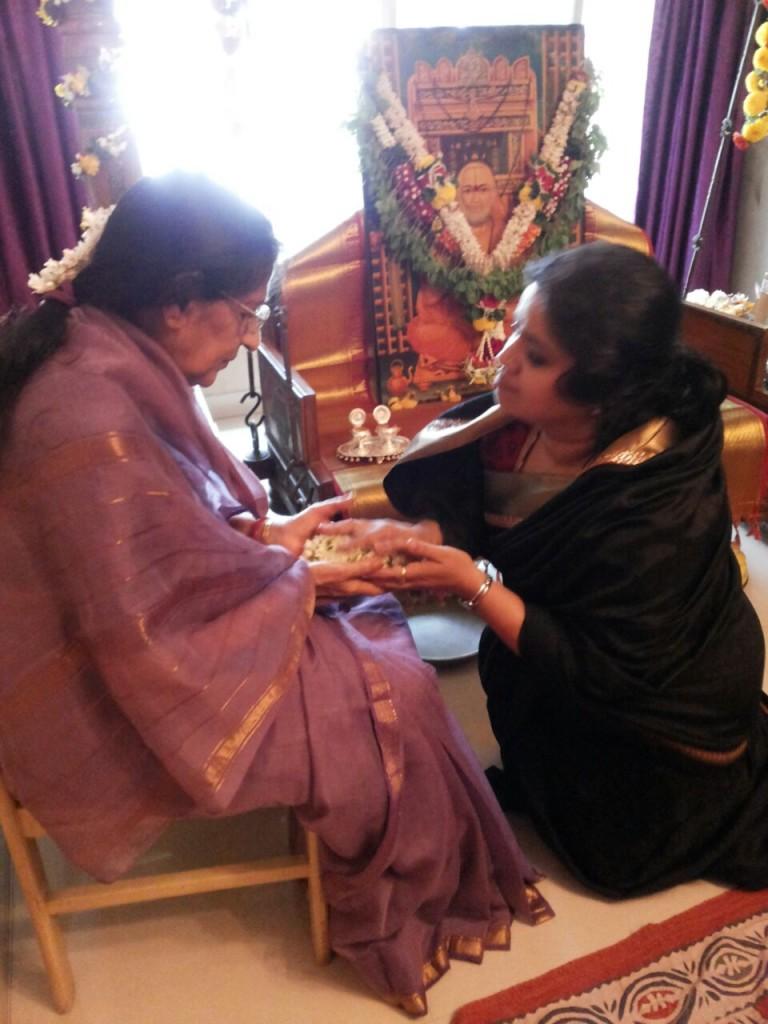 Katti with her guru Kishori Tai