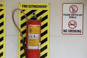 A_fire_extinguisher_in_Bangalore_in_2011-300x199