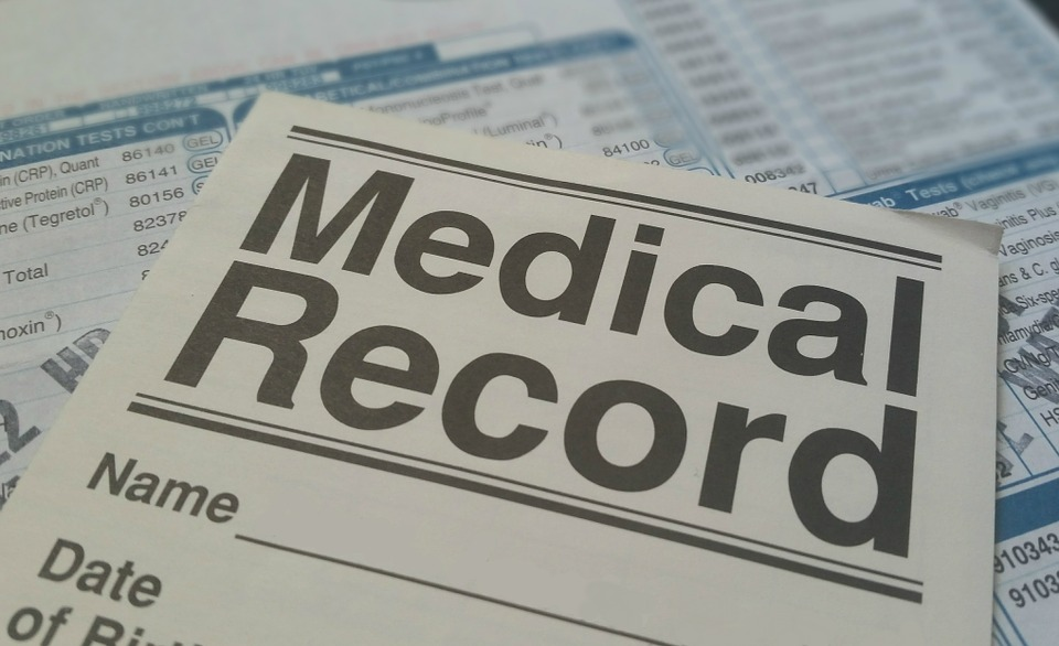 Keep medical records organised; Image: Pixabay