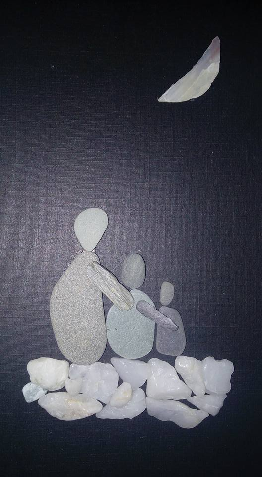Art with pebbles