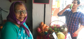 Meet The 72-Year-Old Entrepreneur Who Is Driving India's Only Zero-Waste Juice Bar With Expert Hands